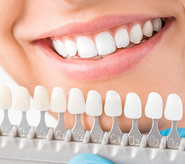 cosmetic dentist in woodland hills ca