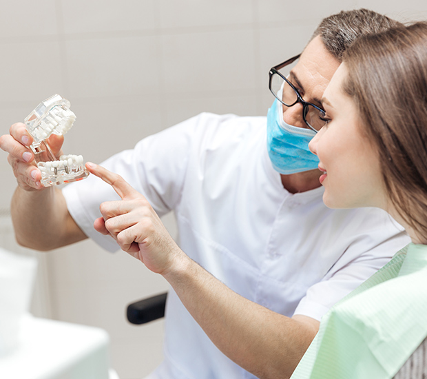 Prosthodontist in Woodland Hills, CA