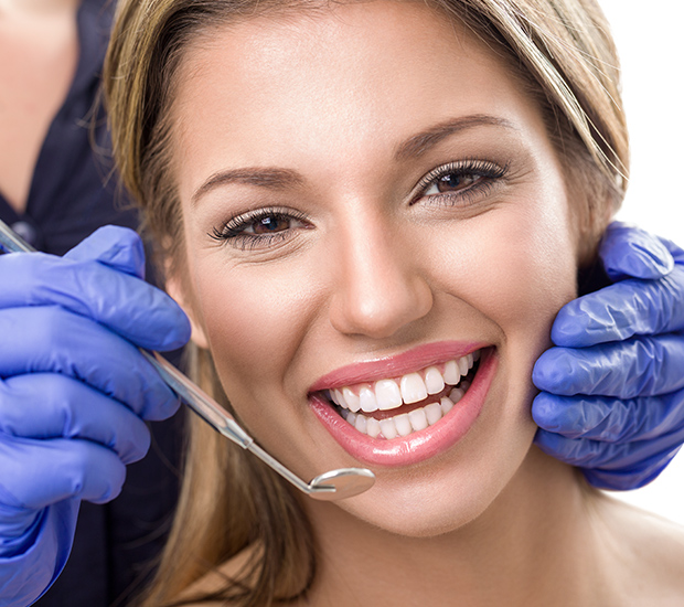 Woodland Hills Teeth Whitening at Dentist
